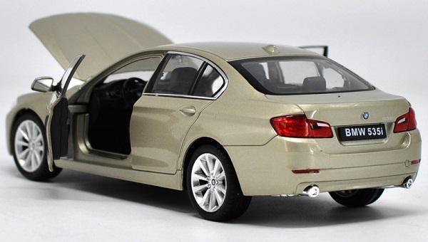 โมเดลรถ โมเดลรถยนต์ โมเดลรถเหล็ก bmw 535i gold 4