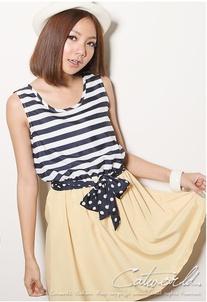 """""""พร้อมส่งค่ะ""""เสื้อผ้าแฟชั่นสไตล์เกาหลีราคาถูก Brand Catworld เดรสชีฟองเสื้อแขนกุดลายขวางสีขาวดำ ต่อกระโปรงสีเหลือง จั๊มเอว ไม่มีซับใน มีผ้าผูกเอวสีดำจุดขาวให้ค่ะ"""