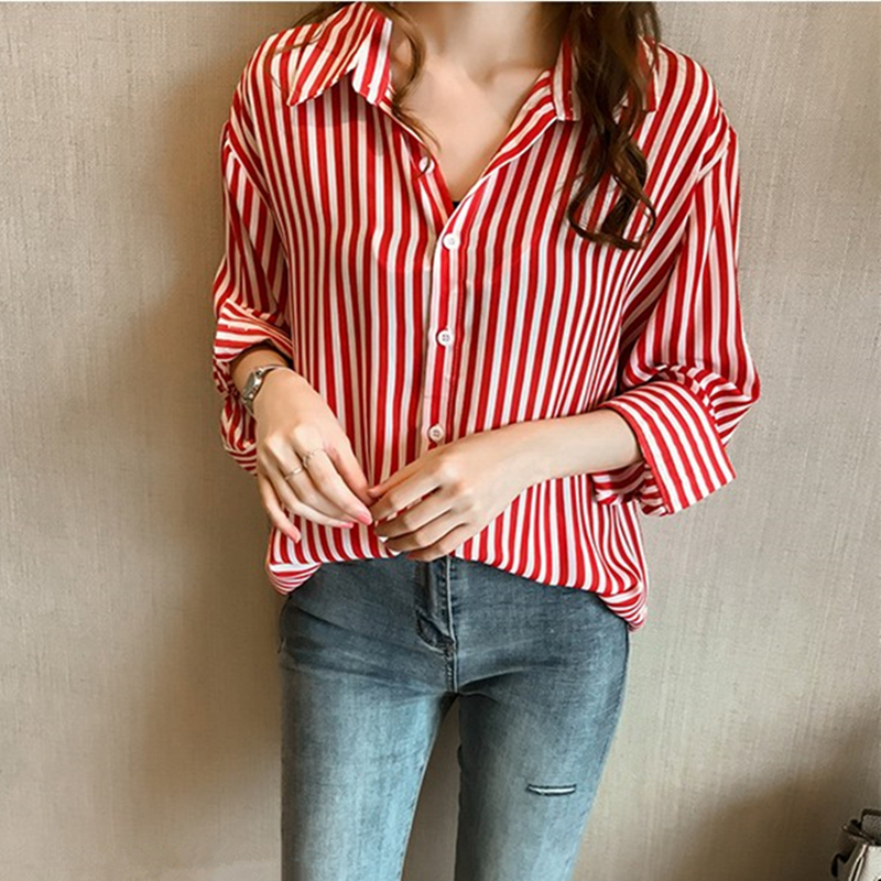 เสื้อเชิ้ต 2in1 ผ้าลายทาง ใส่ได้2แบบ จะใส่แบบเสื้อเชิ้ตหรือโชว์ไหล่สายเดี่ยวก็ได้ สีแดง/สีน้ำเงิน (M,L,XL,2XL,3XL,4XL) G5007