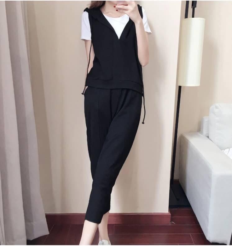 เสื้อผ้าเกาหลีพร้อมส่ง ชุดวอร์มผู้หญิง Sport Set 3 ชิ้น แนวสบายๆ