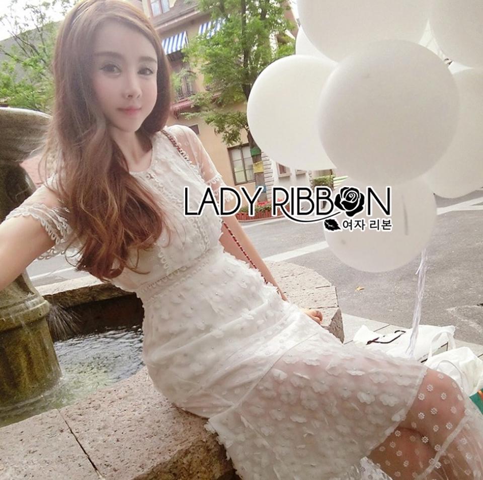 ชุดเดรสเกาหลี พร้อมส่งเดรสยาวสีขาวปักดอกเดซี่สุดหวาน