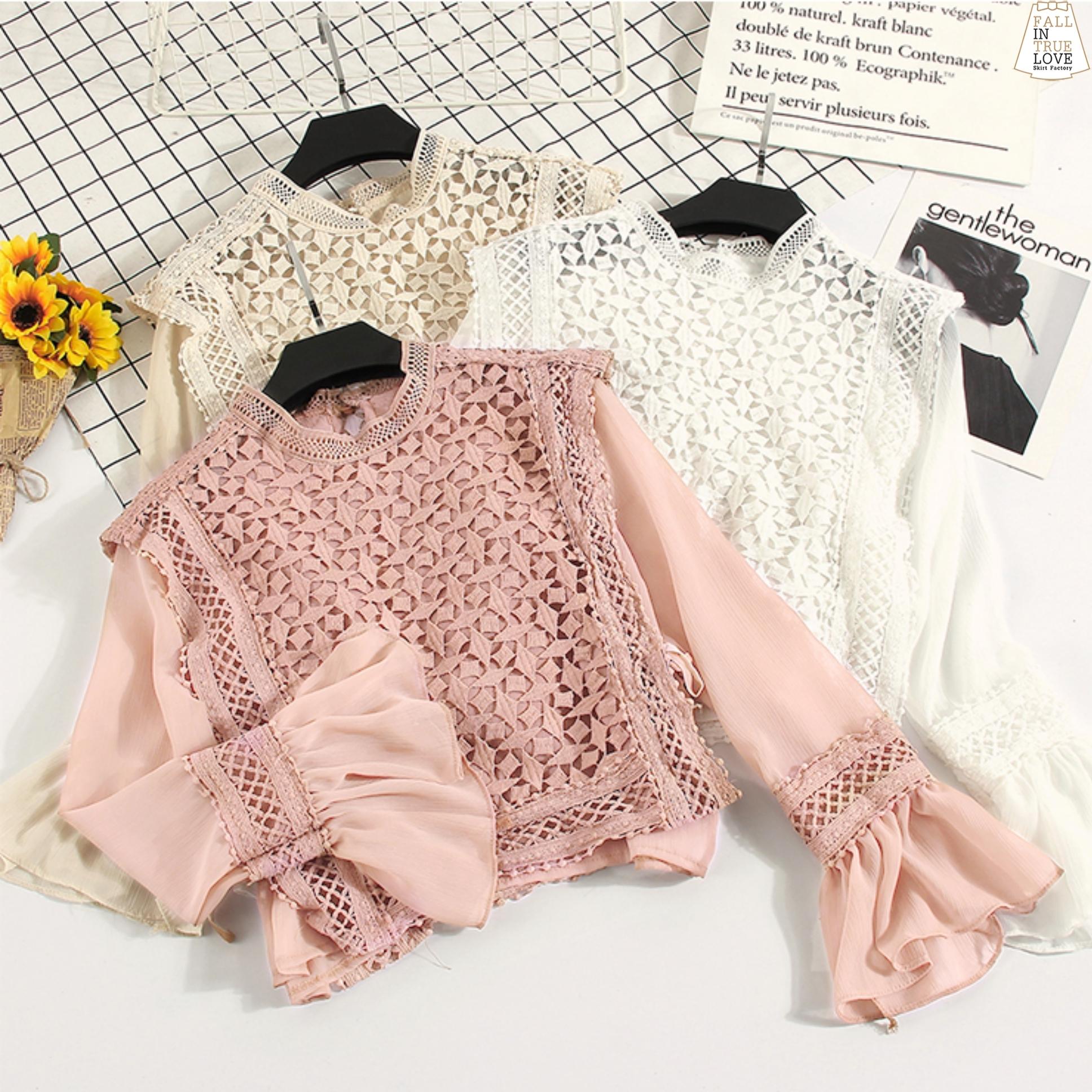 เสื้อผ้าเกาหลีพร้อมส่ง เสื้อลูกไม้ถักแขนชีฟองยาวผ้าลูกไม้ซีทรูทอลายตารางเพชร