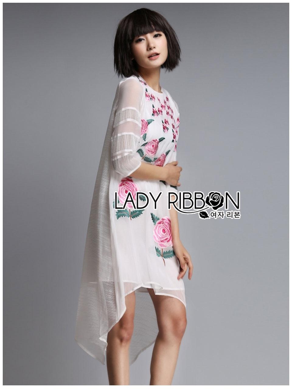 ชุดเดรสเกาหลีพร้อมส่ง เดรสสีขาวปักลายดอกกุหลาบอังกฤษสีชมพู