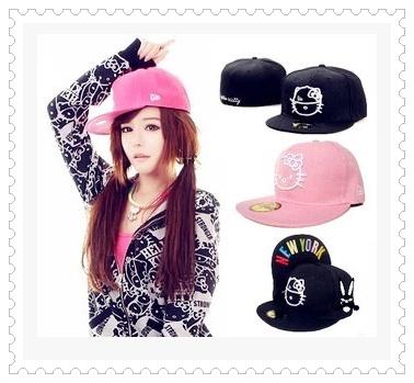 หมวกฮิบฮอป สีชมพู สีดำ ปักลายคิตตี้ด้านหน้า