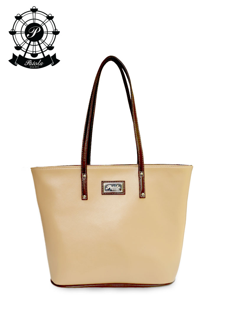กระเป๋า Patola รุ่น M totebag หนังด้านpu สีเนื้อน้ำตาล