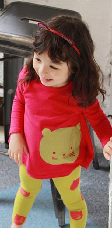 เสื้อแขนยาว สีแดง ลายหมีพูห์