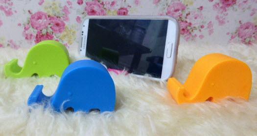 ที่วางโทรศัพท์รูปช้างคละสี ขนาด 2x2.5 นิ้ว