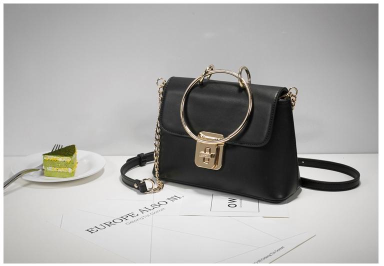 กระเป๋า Fashion Import สีดำ ราคา 890 บาท Free Ems