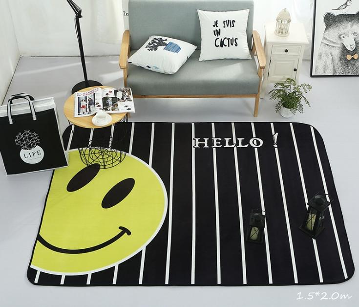 พรมนั่งเล่น ลายอมยิ้ม Hello สีดำ เหลือง