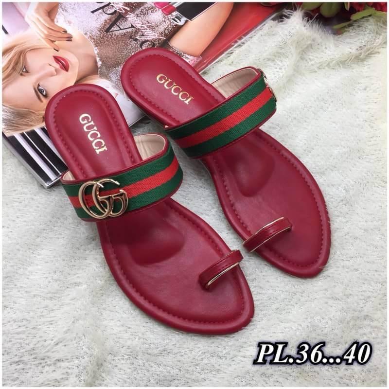 รองเท้าแตะแฟชั่น แบบสวมนิ้วโป้ง แต่งอะไหล่สไตล์กุชชี่สวยเก๋ หนังนิ่ม พื้นนิ่ม ทรงสวย ใส่สบาย แมทสวยได้ทุกชุด