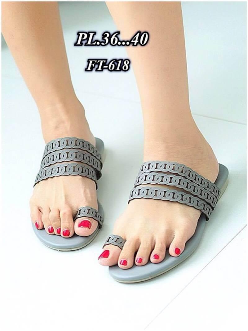 รองเท้าแตะแฟชั่น แบบสวมนิ้วโป้ง แต่งลายฉลุสวยเก๋สไตล์แอร์เมส หนังนิ่ม ทรงสวย ใส่สบาย แมทสวยได้ทุกชุด
