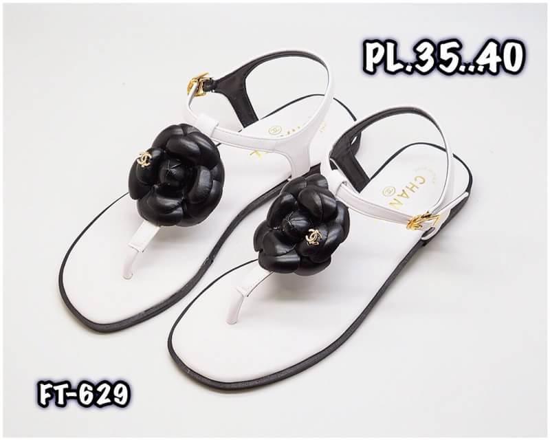 รองเท้าแตะแฟชั่น รัดส้น แบบหนีบ แต่งดอกคามีเลียและอะไหล่ CC สวยหรูสไตล์ชาแนล หนังนิ่ม ทรงสวย ใส่สบาย แมทสวยได้ทุกชุด (FT-629)