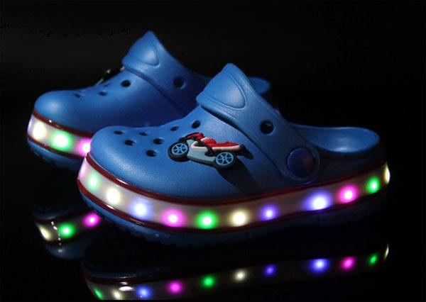 รองเท้าเด็กมีไฟ รองเท้าแตะเด็กมีไฟ
