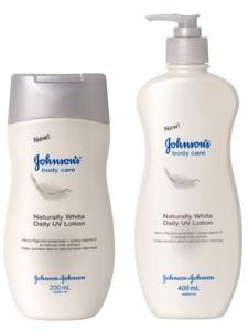 Johnson & Johnson Naturally White Daily UV Lotion จอห์นสันบอดี้แคร์ สูตร เนเชอรัลลี่ไวท์ (สีขาวเทา)