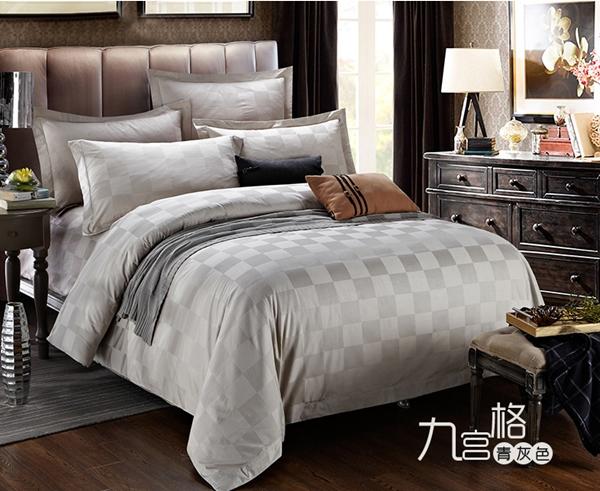 (Pre-order) ชุดผ้าปูที่นอน ปลอกหมอน ปลอกผ้าห่ม ผ้าคลุมเตียง ผ้าลินินเนื้อละเอียดทอลายตาหมากรุกสีควันบุรี