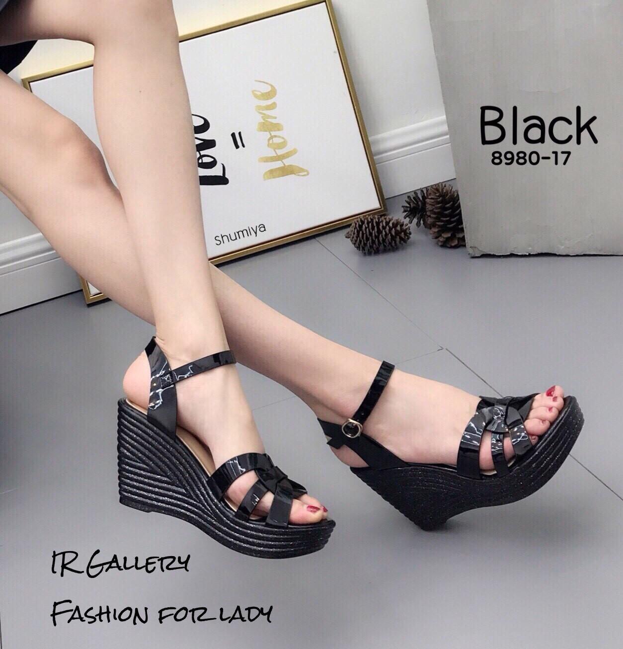 รองเท้าส้นเตารีดหนังเงาสไตล์ YSL (สีดำ)