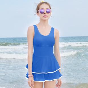 ชุดว่ายน้ำไซส์เล็ก สีน้ำเงิน รอบอก 32-34 เอว 26-28 สะโพก 34-38 นิ้วค่ะ น่ารักมาก ด้านในเป็นขาสั้นไม่แยกชิ้นค่ะ