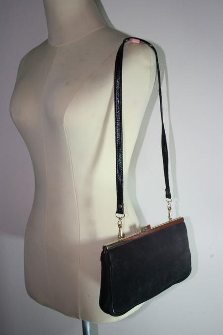 กระเป๋าหนังกลับ marylux สีดำ สภาพดีมาก
