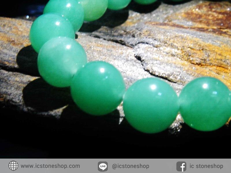 สร้อยข้อมือ กรีนอะเวนจูรีน (Green Aventurine) 10mm.