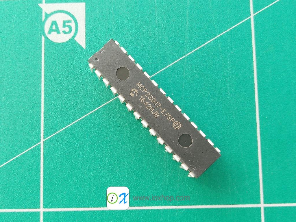 MCP23017 DIP-28 16-Bit I/O Expander with I2C