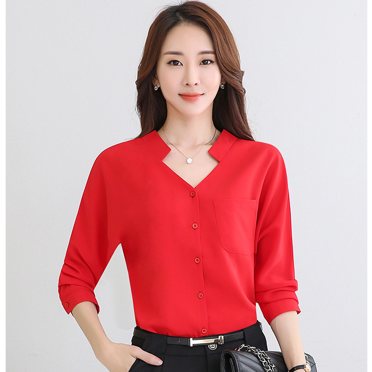 เสื้อทำงานสีแดง แขนยาว สไตล์สาวออฟฟิศ เรียบๆ สวย ดูดี