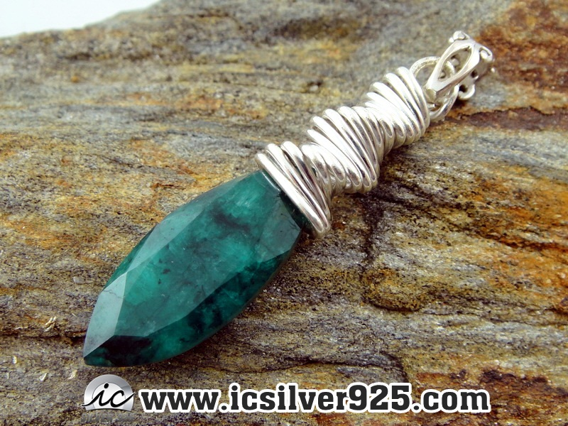 ▽มรกตอินเดีย Indian Emerald- จี้เงินแท้ 925 (5.2g)