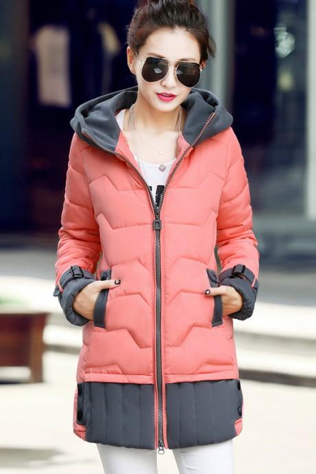 เสื้อโค้ทกันหนาว สีชมพู แบบซิปรูด มีฮู้ด แต่งปลายแขนและชายเสื้อด้วยสีเทา