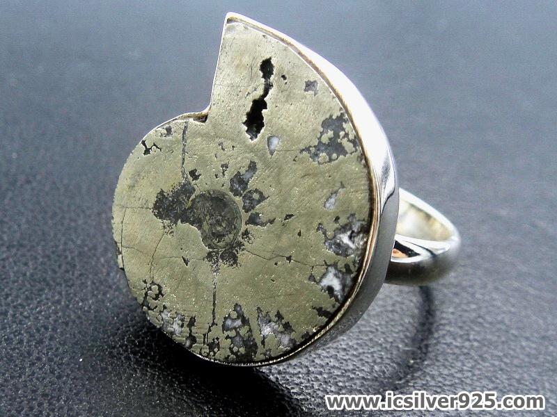 ไพไรต์แอมโมไนต์ Pyrite Ammoniteแหวนเงินแท้ 925 (แหวนเบอร์ : 56)