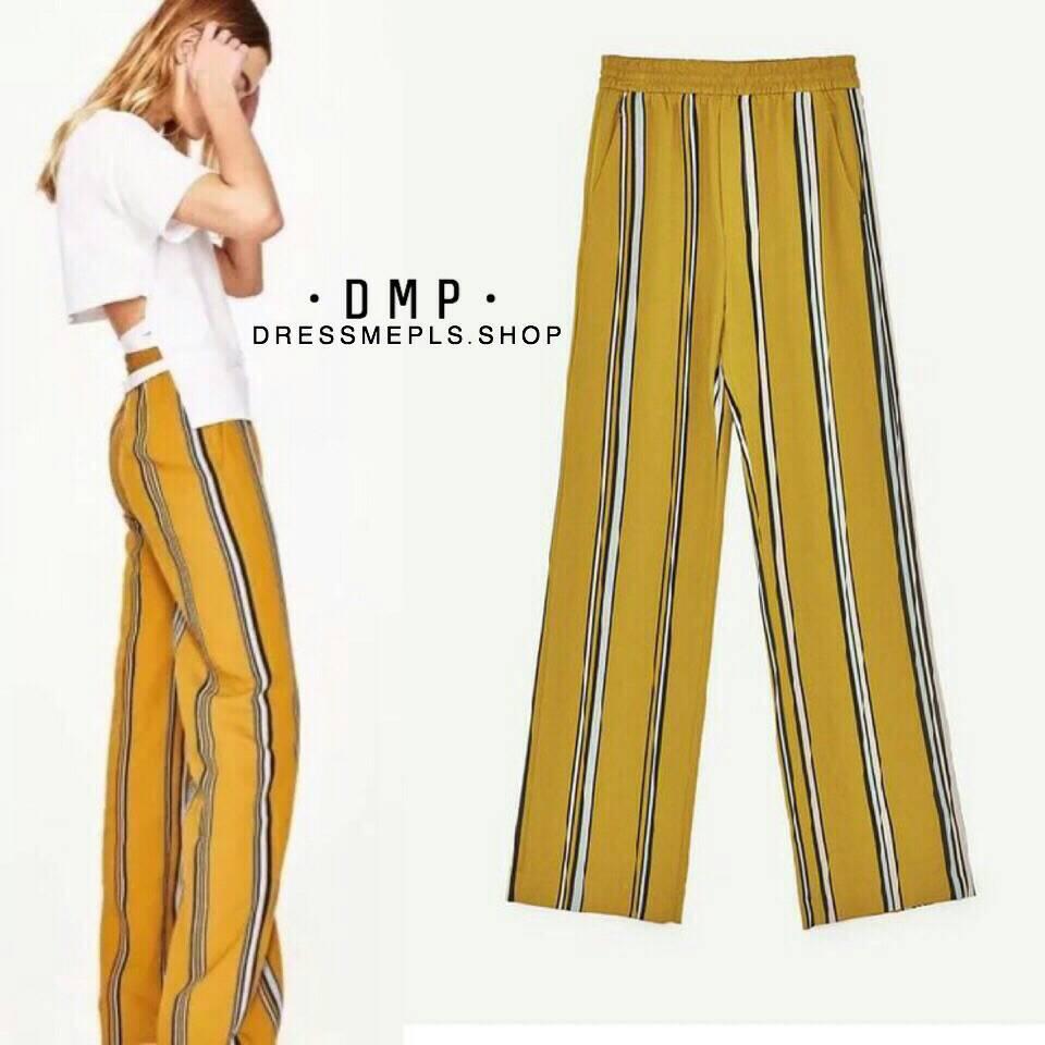 กางเกงขายาวเอวสม็อค สีเหลืองมัสตาท เนื้อผ้าใส่สบาย ทรงสวย แมทกับเสื้อยืด เสื้อเชิ๊ตได้ค่ะ หรือใส่เป็นเซ็ทกับเสื้อก็น่ารักนะคะ
