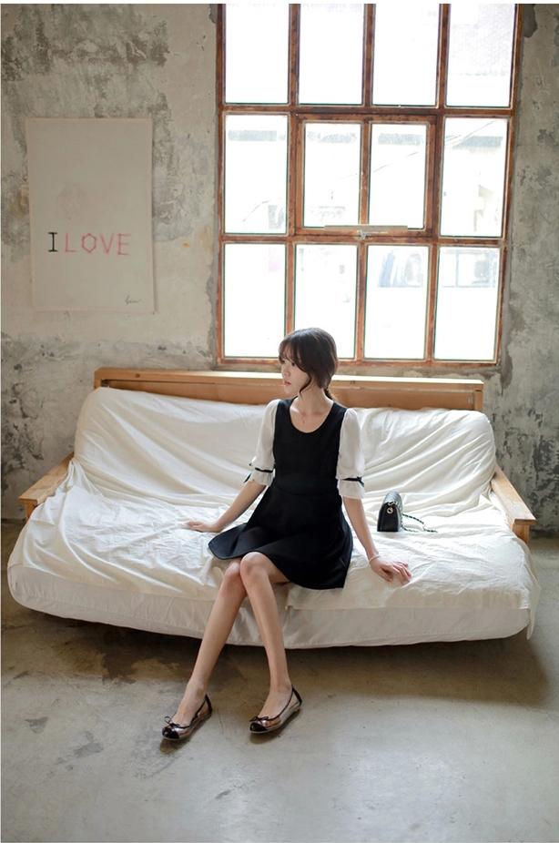 ชุดเดรสแฟชั่นเกาหลีสีกรมแขนสั้นสวยๆ