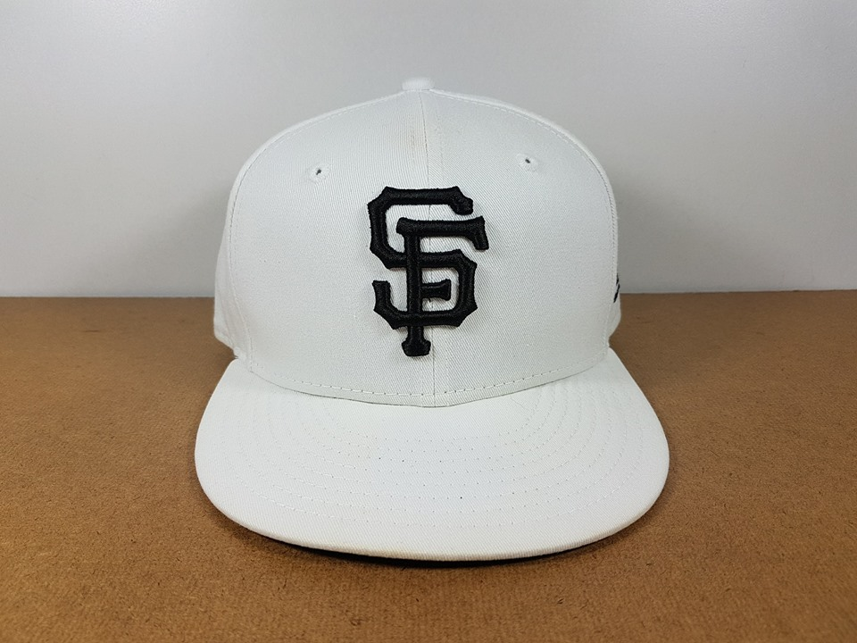 New Era MLB ทีม SF Giants 🎃Fitted ไซส์ 7 1/8 วัดได้ ( 58cm )