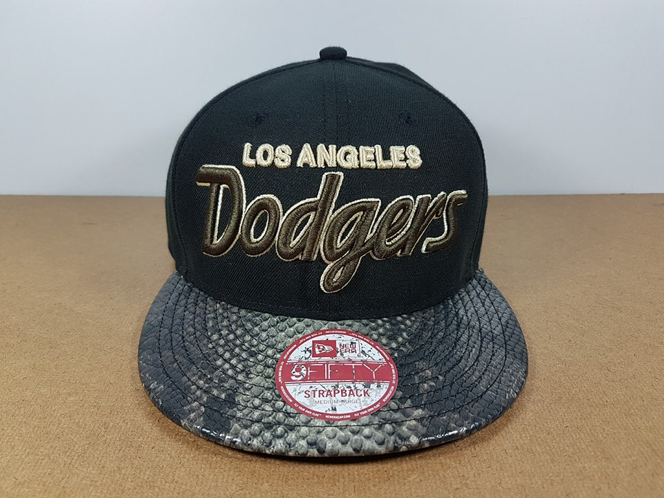 New Era MLB ทีม LA Dodgers ฟรีไซส์ สายเข็มขัด