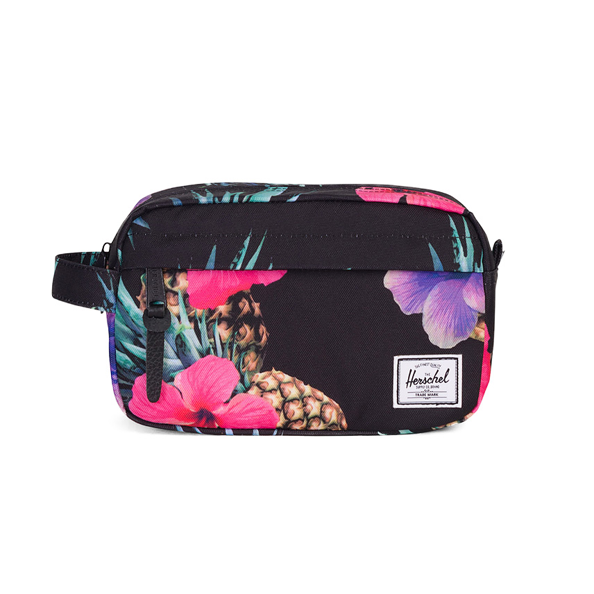 Herschel Chapter Travel Kit | Carry-On - Black Pineapple