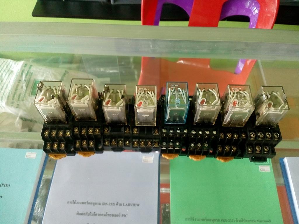 Relay 220VAC ไฟฟ้าโรงงาน สินค้ามือ 2 ทดสอบแล้ว