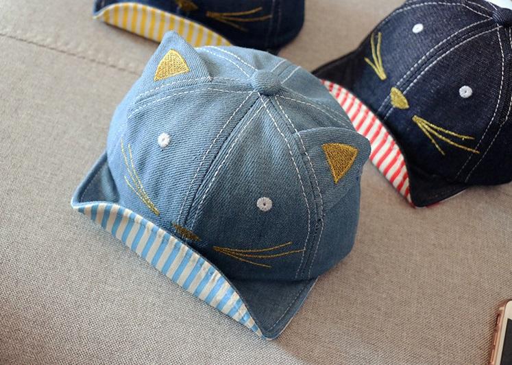หมวกแก๊ปสียีนส์อ่อนแต่งหูแมว แพ็ค 3 ชิ้น