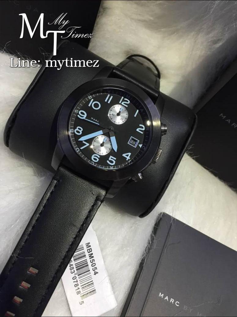 นาฬิกาข้อมือ Marc by Marc Jacobs Larry Chronograph Black Leather Watch MBM5054