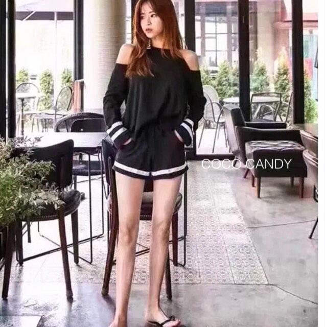 ชุดเซ็ตแฟชั่น Set : Korea Cut-Out Shoulder Two-Tone wt Shorts