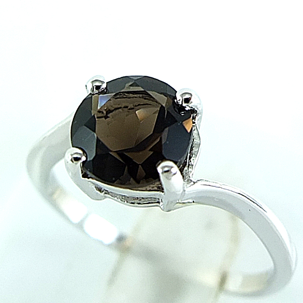 แหวนพลอยผู้หญิงเงินแท้ 92.5 เปอร์เซ็น ฝังด้วยพลอยสโมกกี้ควอทซ์แท้
