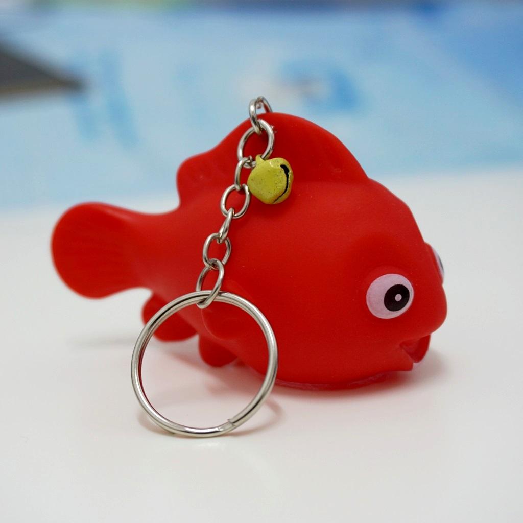 พวงกุญแจยาง ปลา(บีบมีเสียง) 12อัน