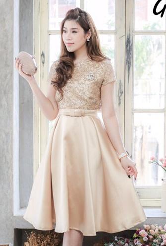 (Size M,L,XL)ชุดไปงานแต่งงาน ชุดไปงานแต่ง สีทอง ผ้าไหมซาตินแขนสั้น มีดีเทลที่เสื้อด้านบน ใส่ง่ายเป็นทรงสวยสุดๆ การันตี คุณภาพคัตติ้ง งานเย็บละเอียดสุดๆ