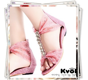 [Kvoll] แบรนด์หรูจากเกาหลี สีชมพู หรูหรา (pre-order)