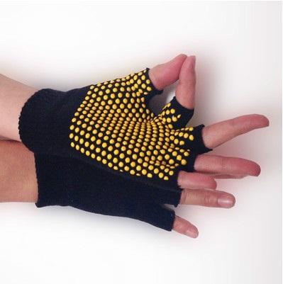 ถุงมือโยคะ กันลื่น คุณภาพสูง สีดำเม็ดสีเหลือง
