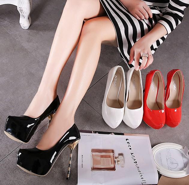 รองเท้าส้นสูง ไซต์ 35-40 สีดำ สีแดง สีขาว