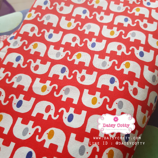 ผ้าคอตตอนไทย 100% 1/4 ม.(50x55ซม.) ลายช้าง โทนสีแดง