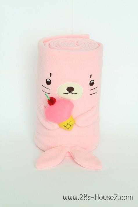 ผ้าห่มม้วน แมวน้ำ (Izee) ยี่ห้อ Minojo ## พร้อมส่งค่ะ ##