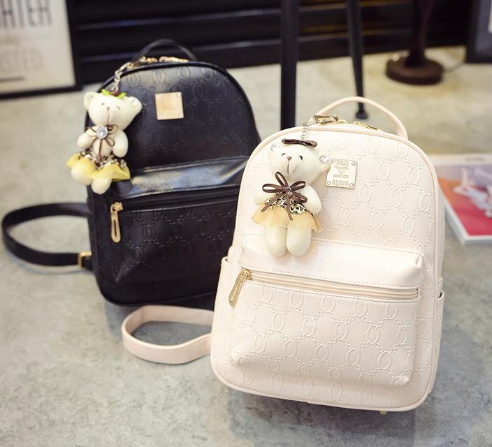 กระเป๋าสะพายหนัง ใบกำลังดีลายสวยๆ มีช่องให้ใช้อย่างจุใจ