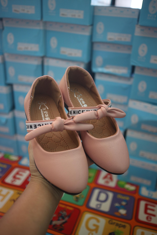 รองเท้าแฟชั่นเด็กผู้หญิง ไซส์ 30