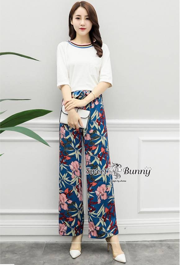 ชุดเซทแฟชั่น ชุดเซ็ทเสื้อ+กางเกงดอกเกาหลี เสื้อผ้าสีขาวเนื้อนุ่มคอยางสีสันน่ารัก