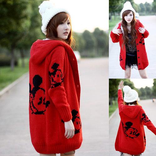 ++สินค้าพร้อมส่งค่ะ++เสื้อ coat เกาหลี สไตล์ cardigan ตัวยาว แขนยาว มี hood ซับในด้วยขนนิ่มอุ่นมากๆ ค่ะ ทอรูป Mickey ทั้งตัว มี 3 สีค่ะ – สีแดง สำเนา