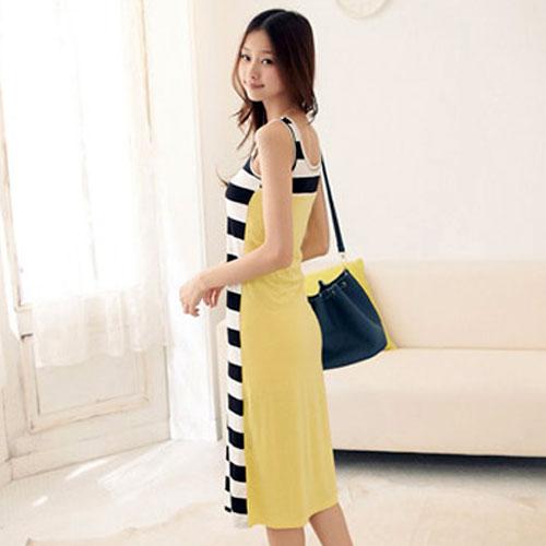 ++สินค้าพร้อมส่งค่ะ++ ชุดเดรสเกาหลี ยาว แขนกุด ผ้าลายริ้วด้านหน้า ด้านหลังสีพื้น ดีไซด์เก๋ เนื้อผ้าดี น่าสวมใส่ค่ะ - สีเหลือง
